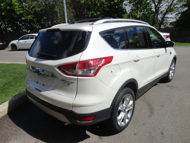 Pre-Owned 2016 Ford Escape 4WD 4dr Titanium