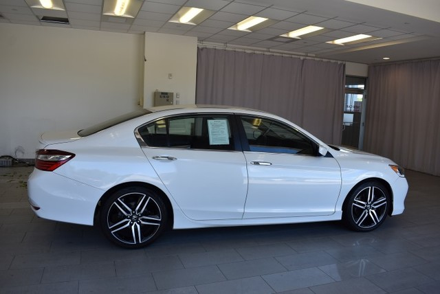 Pre-Owned 2017 Honda Accord Sport CVT w/Honda Sensing